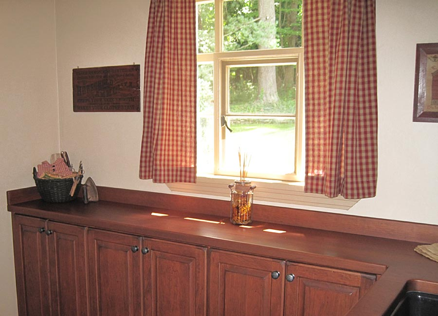 Cherry Wood Countertops with Cherry Wood Backsplash