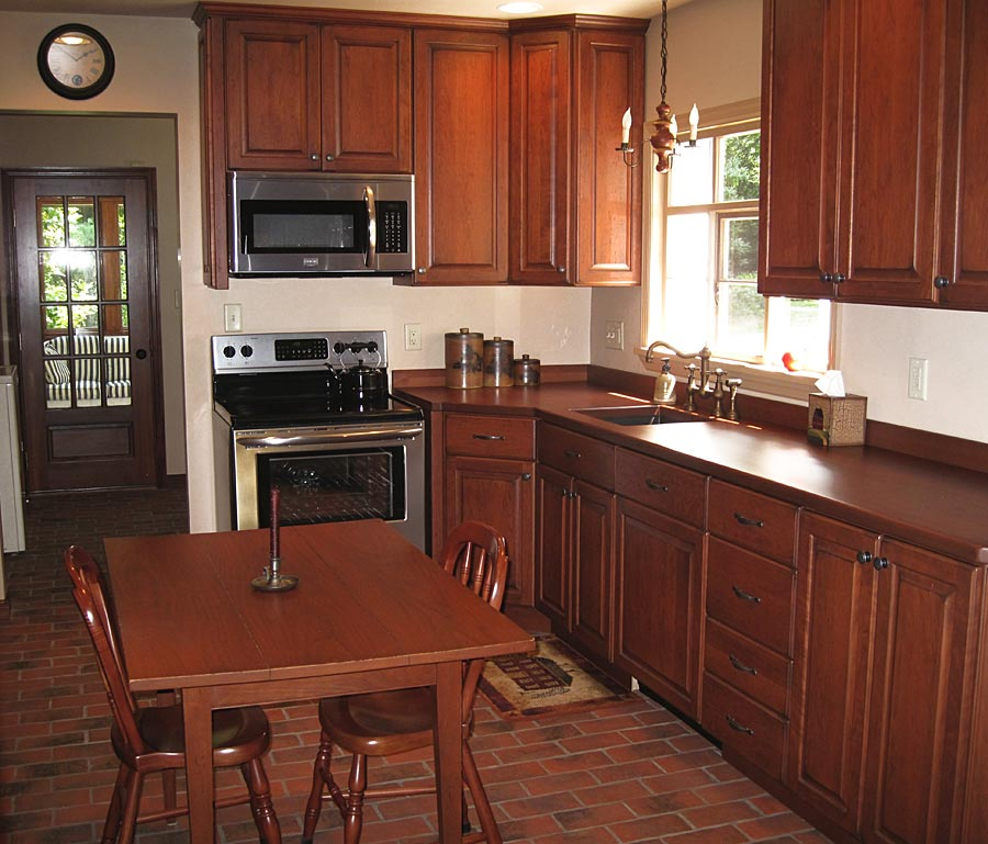 cherry_wood_countertop_7826