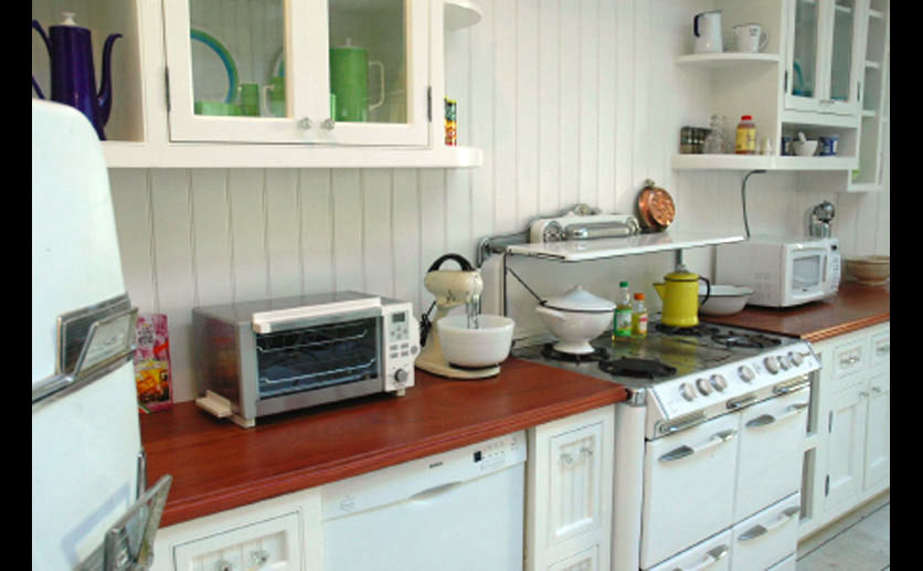 White Kitchens with Sapele Mahogany Wood Countertops
