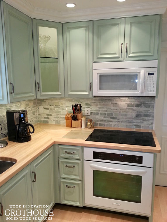 Maple Wood Kitchen Countertops with Cooktop Cutouts