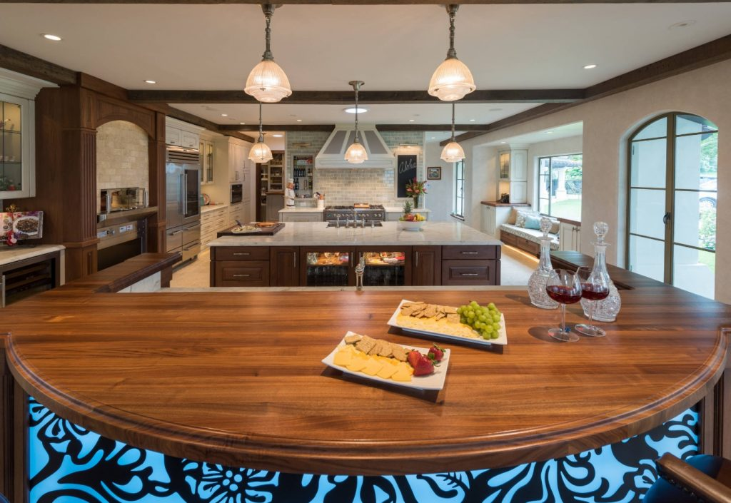 Best of Houzz 2019 Wood Bar Top by Grothouse with Arc and Decorative Edge Profile in Hawaii